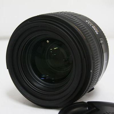 SIGMA �V�O�} | 30mm F1.4 EX DC HSM�b���Ô��承�i 11000�~
