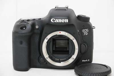 Canon キャノン EOS 7D Mark II