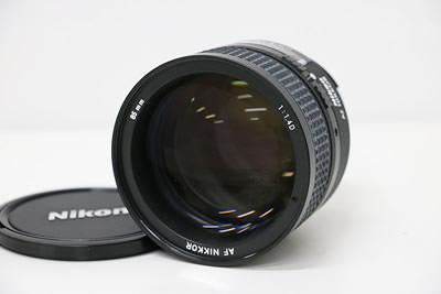 Nikon ニコン AF NIKKOR 85mm F1.4D レンズ