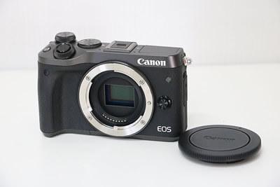 【買取実績】Canon キャノン EOS M6 ダブルズームキット