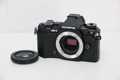 【買取実績】OLYMPUS オリンパス OM-D E-M5 Mark II ボディ ブラック