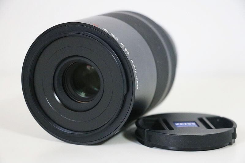 【買取実績】カールツァイス Carl Zeiss Touit 50mm F2.8 マクロ (2.8/50M) X-mount レンズ