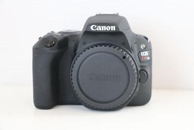 【買取実績】Canon キャノン EOS Kiss X9 レンズキット
