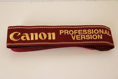 【買取実績】Canon キャノン プロストラップ PROFESSIONAL VERSION 本刺繍タイプ