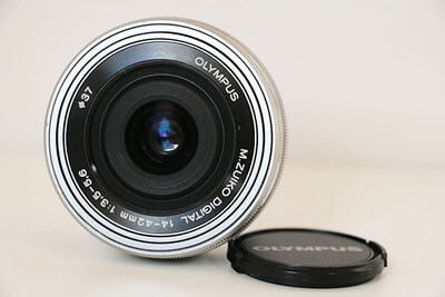【買取実績】OLYMPUS オリンパス M.ZUIKO DIGITAL ED 14-42mm F3.5-5.6 EZ