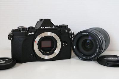 【買取実績】OLYMPUS オリンパス OM-D E-M5 Mark II 14-150mm II レンズキット