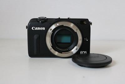 【買取実績】Canon キャノン EOS M2 ボディ