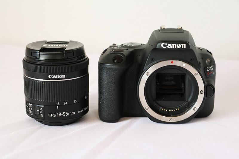 【買取実績】Canon キャノン EOS Kiss X9 EF-S18-55 IS STM レンズキット ブラック