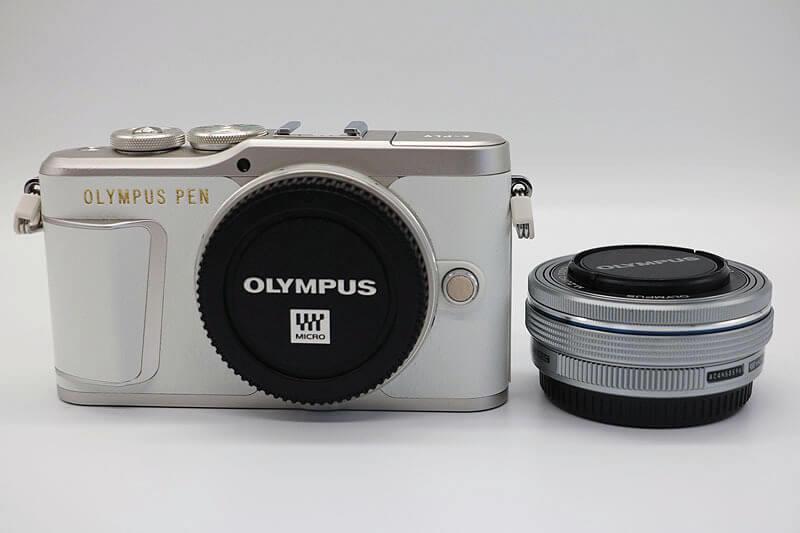 【買取実績】OLYMPUS オリンパス PEN LiteE-PL9 14-42mm EZ レンズキット ホワイト|中古買取価格30,500円