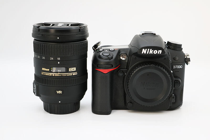 【買取実績】Nikon ニコン D7000 18-200 レンズキット|中古買取価格21,000円