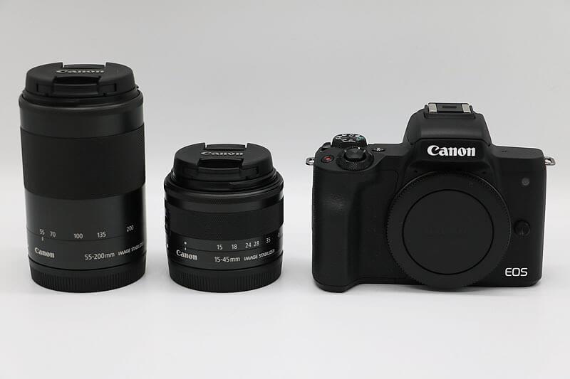 【買取実績】Canon キャノン EOS Kiss M ダブルズームキット|中古買取価格42,000円